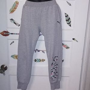Girls Puma Sweat pants